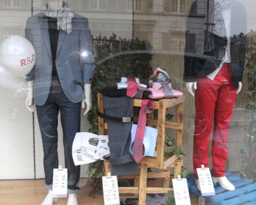 Schaufenster - Kleidergeschäft